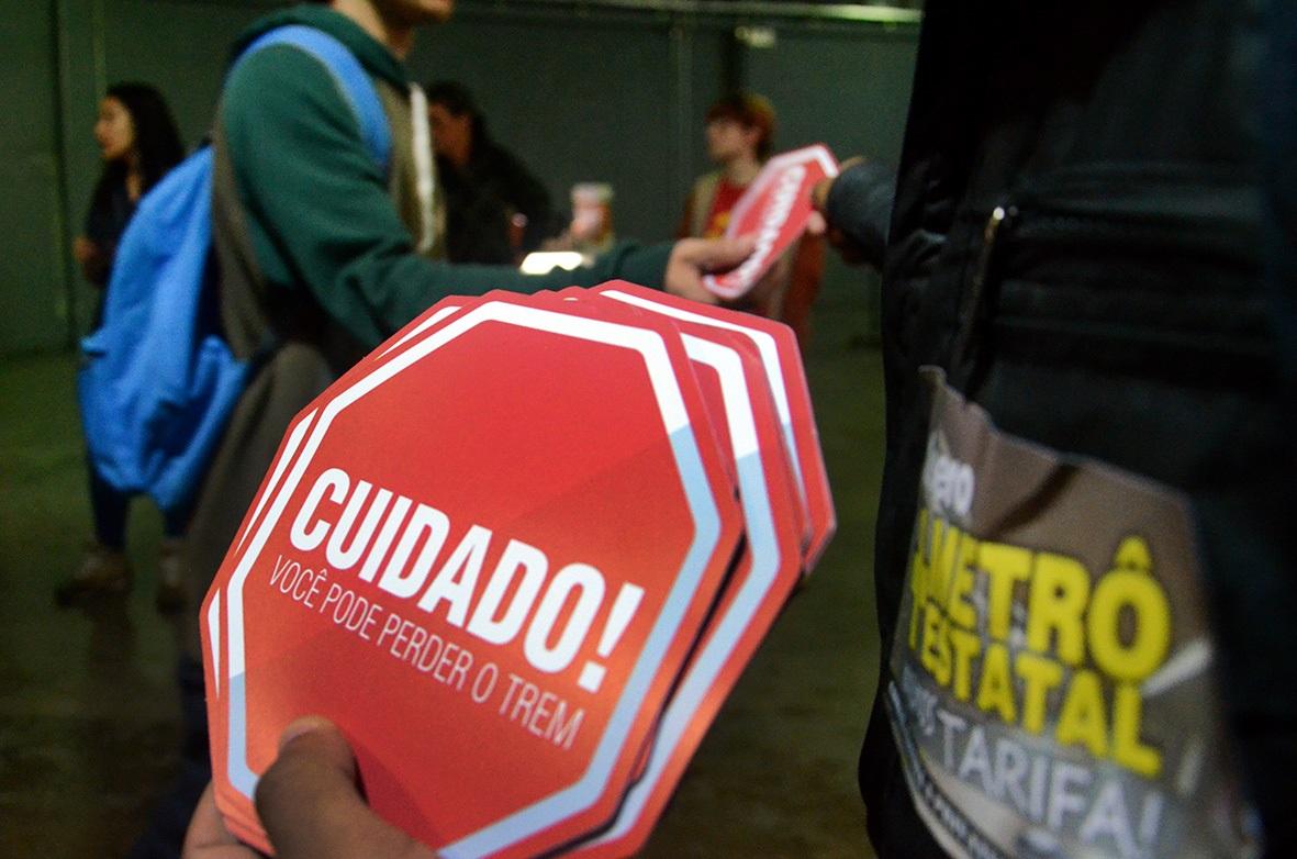 lancamento_campanha_contra_privatizacao_091015_06